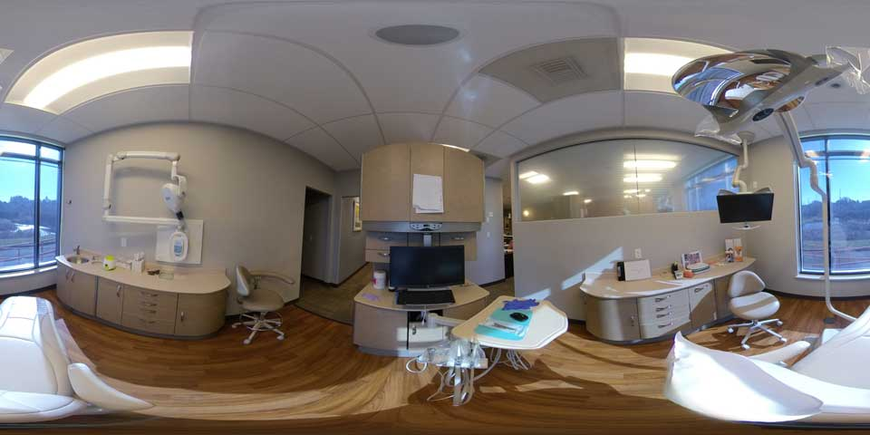 360 view of lobby with consultation rooms at Periodontal Associates